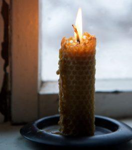 Espelma de cera d'abelles